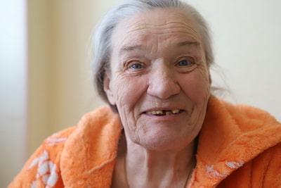 сиделки для пожилого человека в больнице