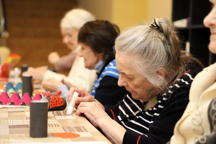 лечение деменции у пожилых людей в домашних условиях