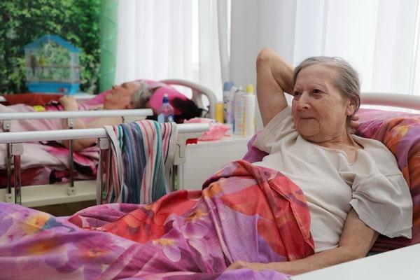 Стрижка лежачих больных на дому