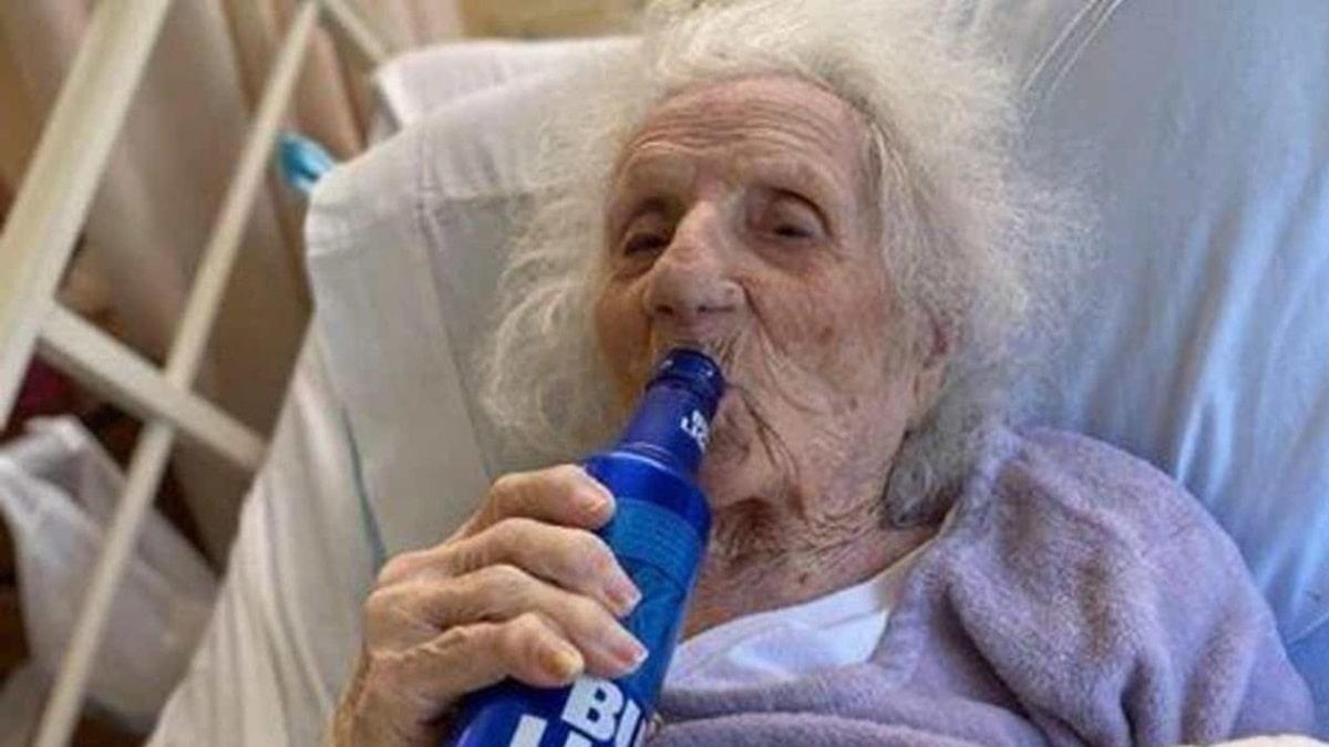 103-letnyaya-dzhenni-stejana.jpg
