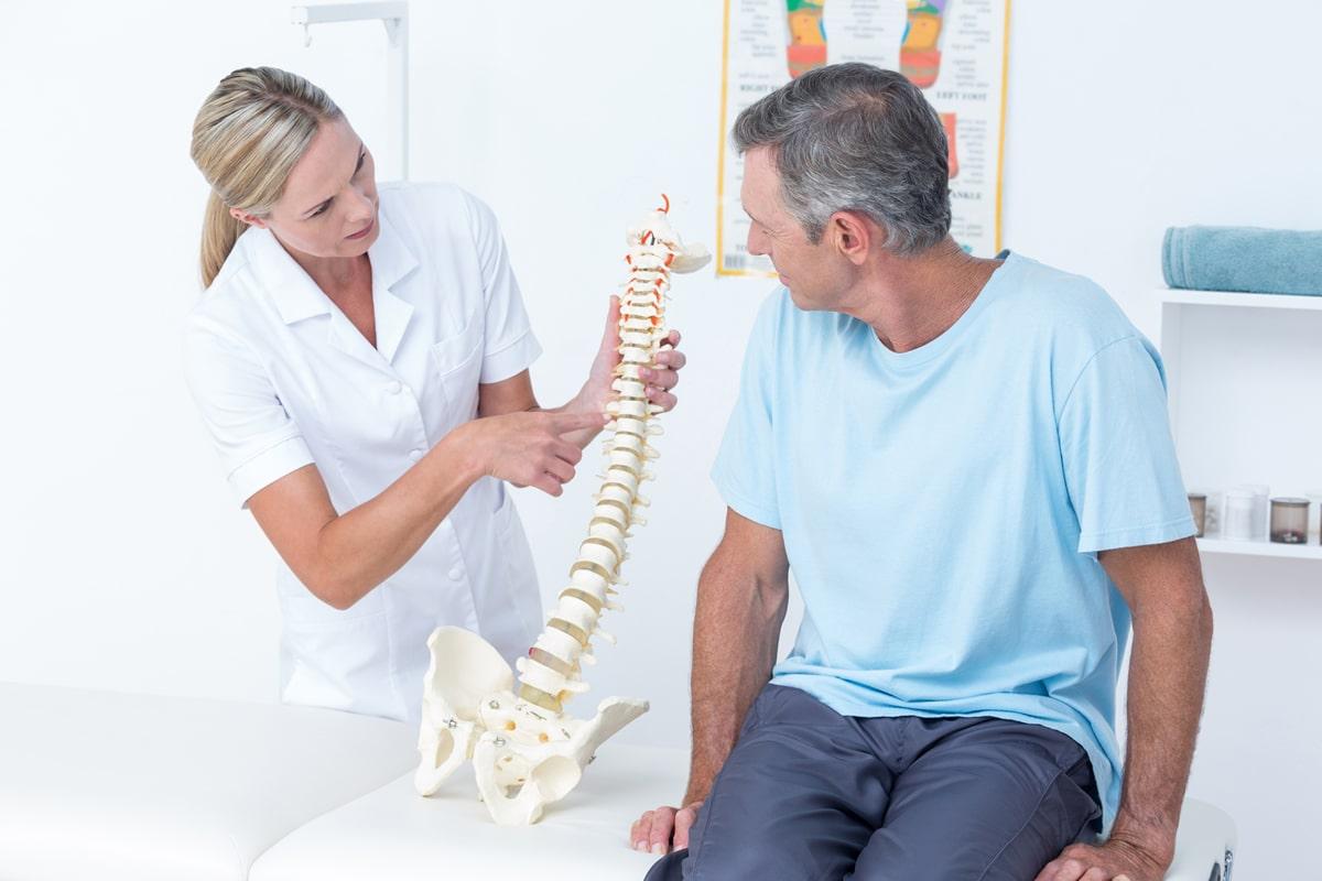 lechenie-bolnyh-s-osteoporozom.jpg