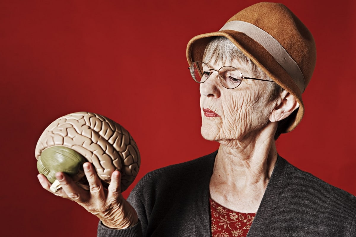 razvitie-starcheskoj-demenczii.jpeg