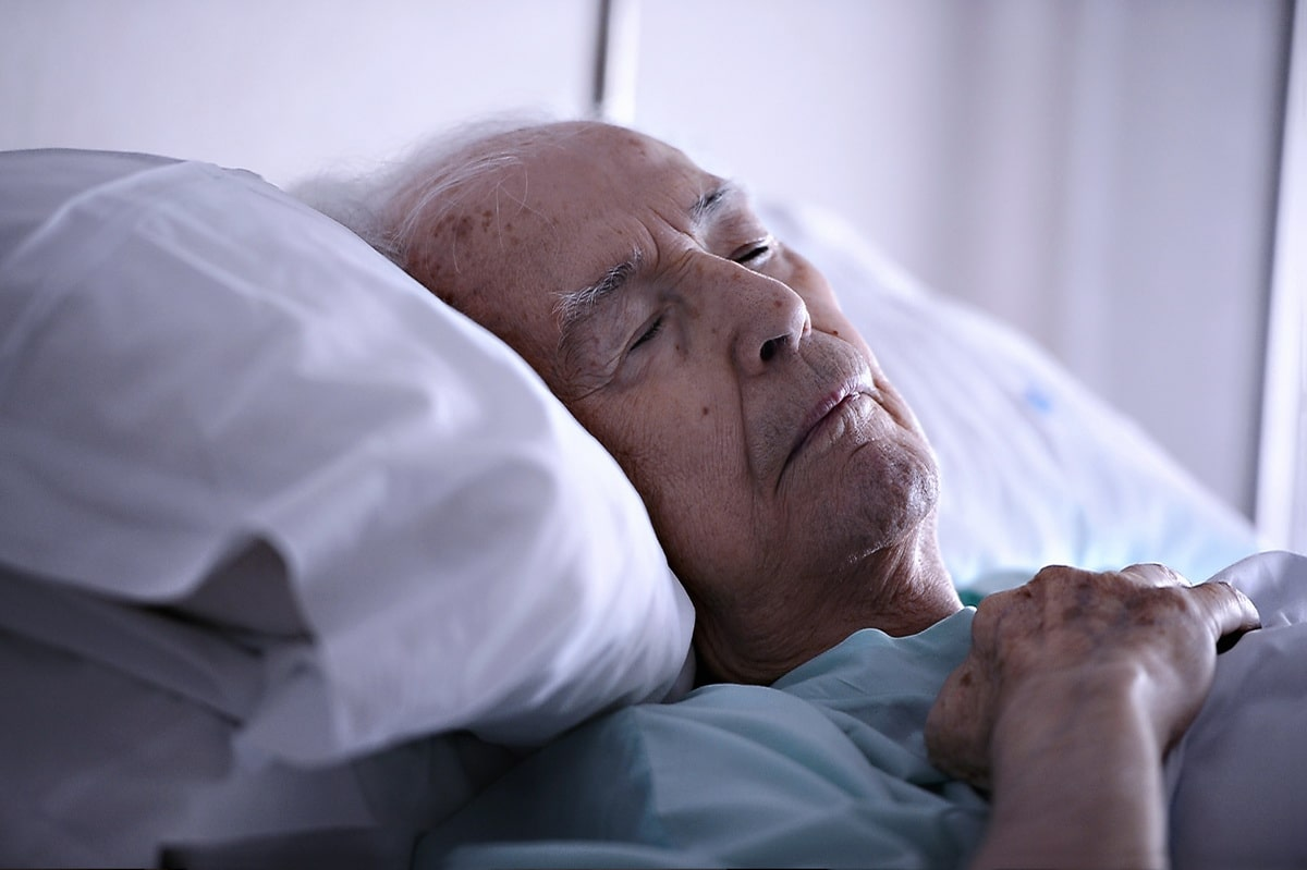 sostoyanie-paralizovannogo-bolnogo.jpg