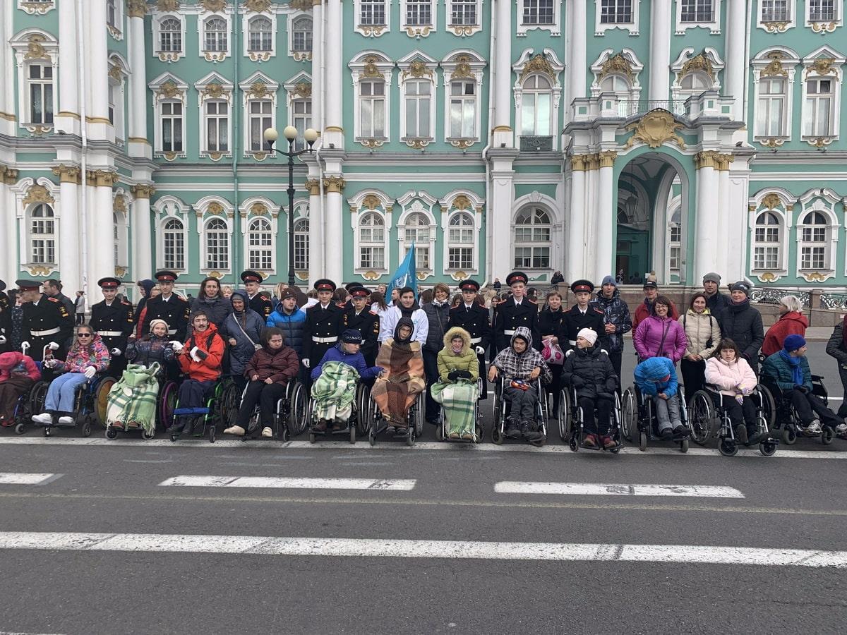 v-peterburge-prozhivayut-bolee-566-tysyach-invalidov.jpg