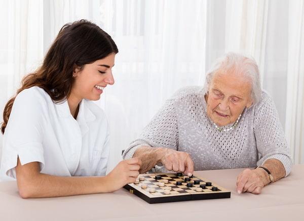 Игра в шашки при деменции