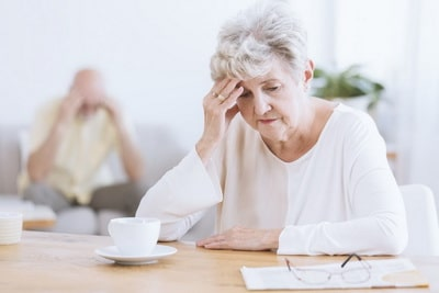 Как деменция начинается у женщин